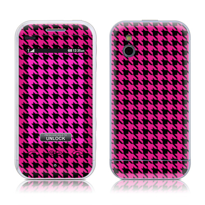 LG Arena Skin (High Gloss Finish) - Pink Houndstooth